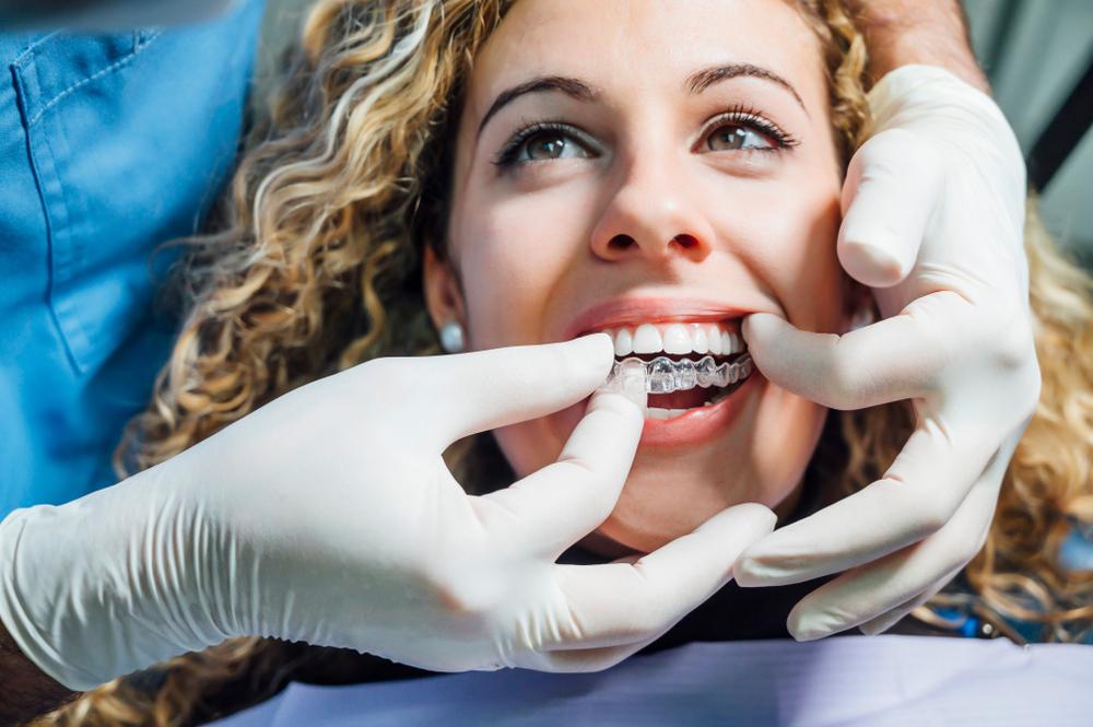tratamiento de ortodoncia con invislign